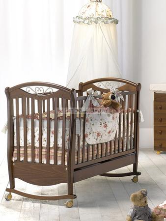Детская кроватка Bambolina Lucrezia