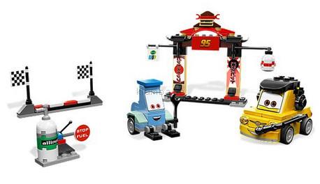 Детская игрушка Lego Cars 2 Токийский Пит Стоп (8206)