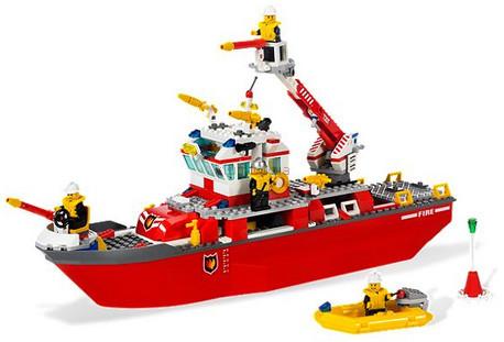 Детская игрушка Lego City Пожарный катер (7207)