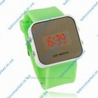 Яркие и модные LED часы