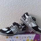 Детские подростковые кроссовки B&G черно-белые