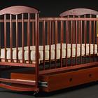 Детская кроватка Наталка с ящиком светлая и темная.