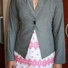 Стильный тонкий серый пиджачек на лето 42р. Новый.