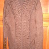 Снизила Цену ! Стильный свитер свитшот с вырезом
