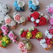 Весенние заколки и резинки с розами. В наличии!