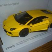 Kinsmart металлическая машинка Matte Lamborghini.В наличии.