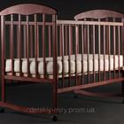 Детская кроватка Наталка с Ольхи темная и светлая.