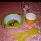Новая детская посуда (тарелка Дисней, приборы и стакан)