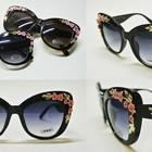 Очки солнцезащитные Dolce&Gabbana Flowers.