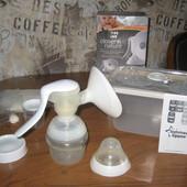 Молокоотсос ручной с контейнером для сцеживания молока 50 Tommee Tippee