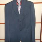 Продам шикарный мужской костюм!!