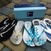 Босоножки и сандали