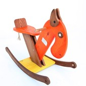 Качалка деревянная лошадка