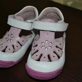 Летние туфельки босоножки размер 21, стелька 13,5 Новые