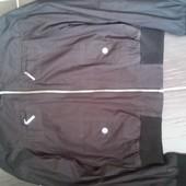 Легенька фірмова куртка esprit S