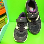 Фирменные облегченные кроссовки Pro Touch р.32 см.21
