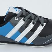 Мужские кроссовки adidas 37 и 38 размер