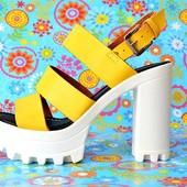желтые женские босоножки на каблуке
