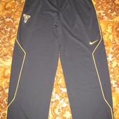 Штаны  Nike  Dri  Fit   L  оригинал