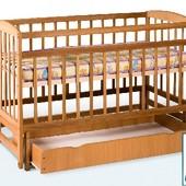 Гойдалка детская кроватка из бука на маятнике с ящиком