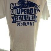 Фірмова футболка Superdry.
