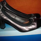 Фирменные (Италия)38 р  стильные кожаные туфли