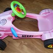 Педальная машинка Pilsan Herby