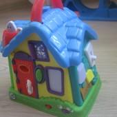 Интерактивный музыкальный дом Leap Frog.