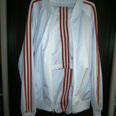 Белоснежный спортивный костюм из эластика мой б/у