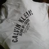 Брендовая футболка Calvin Klein, р.S