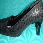 Бразильские кожаные туфли 40 размер