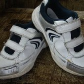 Фирменные Clarks кожаные кроссовки для мальчика на наш 30 размер