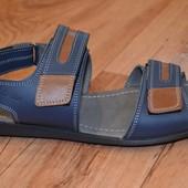 Фирменные мужские кожаные сандалии !