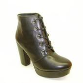 Ботиночки женские черные на каблуке Д481