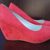 Туфли женские 2-а цвета бренда Bata, р. 37