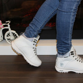 Ботинки зимние белые С651
