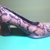 Туфли женские р.39 (на ножку 24,5-25см)