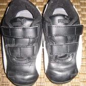 Кросівки (кроссовки) PUMA. розмір 22 (стелька 13,5 см). Оригінал.