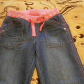 Очень красивые джинсы на девочку