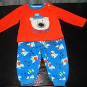 флисовую пижаму early days 6-12 мес состояние отличное