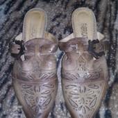 Кожанные туфли, шлепки