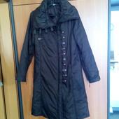 Демисезонная женская куртка пальто 44 46 размера.