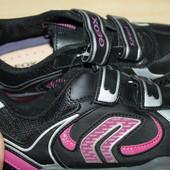 Geox  женские кроссовки сейчас акционная цена на них Любые на выбор