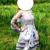 Платье-куколка серебристое
