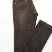 Весенне-осенние джинсы  прямые к низу W-30.L-34