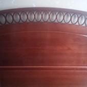 Кровать деревянная из ясеня с ящиками.