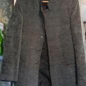 Пиджак  стоечка деловой, р.46 можно в школу