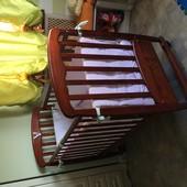Продам кроватку детскую верес с матрасом и набором постельного белья с защитой
