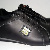 Мужские спортивные туфли на шнурке