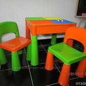 Столик і два стільці Tega Mamut.